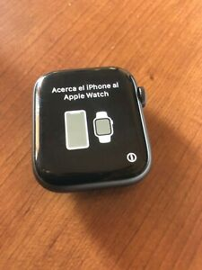 Sprint CELL GPS series 4 apple watch only 44mm perfect cond no accessory grey