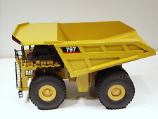 Caterpillar 797 Dump Truck - 1/50 - NZG #466 - MIB