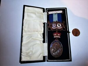 Rare Masonic Province of North and East Yorkshire Provincial Charity Fund Medal