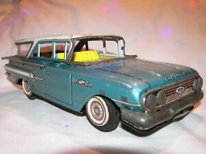 Vintage Tin Car 1961 Chevrolet Bel Air Station wagon Friction Toy LOOK!! RARE!!