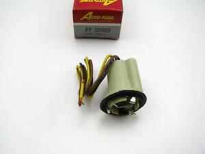 Auto Tune PT32969 Parking / Backup Light Bulb Socket