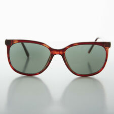 Tortoise Rounded Square Classic Retro Sunglass with Glass Lens - Casey