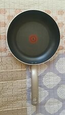 """T-FAL Thermo-Spot Medium 10"""" Skillet Frying Pan - Pre-owned"""