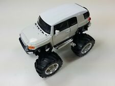 "Welly 4.75"" Monster Truck Big Foot Toyota FJ Cruiser Diecast Car 47003-8D White"
