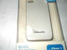 LIFEWORKS METALLIC SHIELD CASE FOR iPHONE 4  WHITE IN COLOR