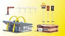 Vollmer 47766 N Gauge, McDonald`s Fast Food Restaurant with McCafé #