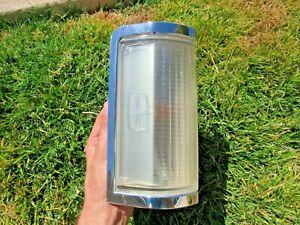 85-89 Lincoln Town Car Front Corner Turn Signal Maker Light RH Passengers Tested