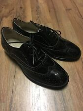 NIB - Wanted Shoes Womens Babe Almond Toe Oxfords in Black Patent - Size 9