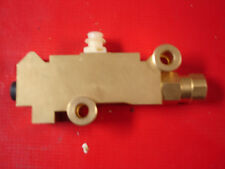 gm style proportioning valve disc drum  2 inlets 3 outlets brass