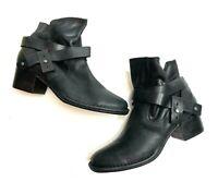 UGG Australia Women's Elora Black Leather Ankle Boots Sz US 7.5M