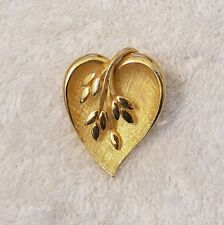 VINTAGE REPRO PIN BROOCH WHIMSICAL HEART WHEAT LEAVES PET DESIGN GOLD TONE VL-AA