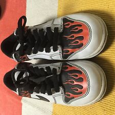 Nike Flame Boys Shoes Size 4.5Y