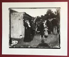 Heinrich Zille, Diesselbe Frau mit ihrem Kind im Arm, Photographie, Nachlass