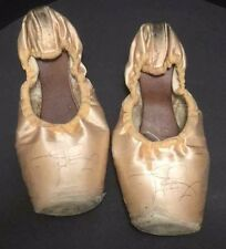 Freed Of London Satin Ballet Toe Pointe Dance Shoes DV Wing Womens 5 XX England