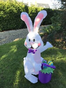 Giant Outdoor/Indoor Inflatable Easter Bunny With Basket UK Plug Air Blown, LED