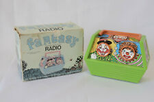 Vintage portable solid state toy radio clowns green battery opterated model 372