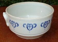Antigua muy pequeña sopera de cerámica de St UZE, art popular