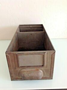 Ancien casier metallique style industriel / vintage années 60/70