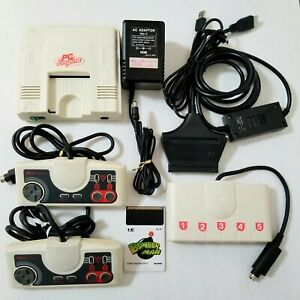 NEC PC Engine Console + HDMI Cable + 2 Pads + Multi Tap + Bomberman Japan 0913A3