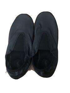 Capezio black Acro Gymnastics Shoes Size 5m