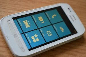 Nokia Lumia 710 - 8GB - White (Unlocked) Smartphone