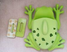 Boon JUGUETE BAÑO Frog Pod Boon de almacenamiento y pala.