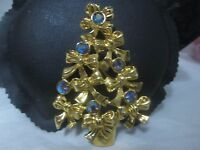 Vintage Christmas Tree Avon Pin