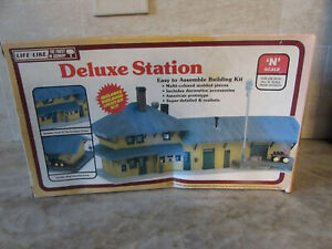 Life-Like 7407 N Scale Deluxe Station Building Kit, Open Box, Unassembled