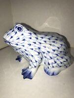 "Andrea by Sadek Frog Figurine Blue White Fishnet Porcelain Hand-Painted 6""x4"""