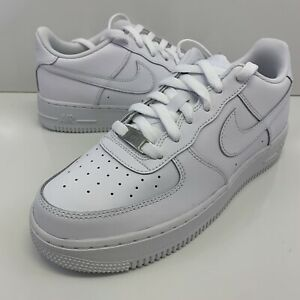 Nike Air Force 1 GS Triple White 314192 117 Size 6.5Y /  Women's Size 8 NO LID