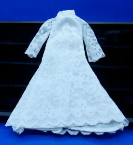 Vintage Barbi White Wedding Dress 70s Snaps in Back Hand Made?
