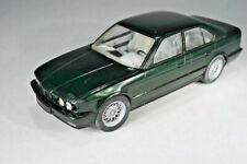 Kunststoff Bausatz BMW 535i - Scale 1:24 - Länge 18,5cm   - gebaut
