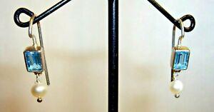 PETITE 925 STERLING SILVER & TOPAZ HOOK EARRINGS WITH PEARL DROPS