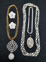 6 PC Vtg White & Gold Tone Jewelry Set Necklace Pendant Clip On Earrings 102D