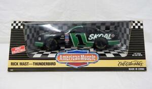 Ertl #7204 Diecast 1/18 Rick Mast Thunderbird Skoal die cast race car BOXED 1995