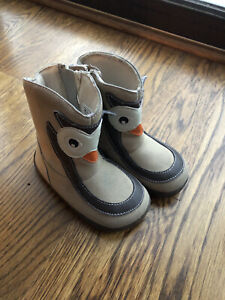 Zooligans Ollie The Owl Boots Toddler Size 7 - Zippered