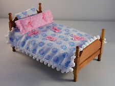 Dollhouse Miniature 1:12 Scale  Furniture Wood Bed With Hand Sewn Bedding