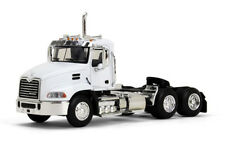 1/64 FIRST GEAR WHITE Mack Pinnacle Day Cab