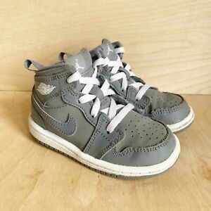 Nike Air Jordan 1 Mid Infant Size 6 Gray Lace Up High Tops Sneakers 640735-014