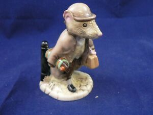 BESWICK BEATRIX POTTER JOHNNY TOWN MOUSE WITH BAG Royal Albert BP6a