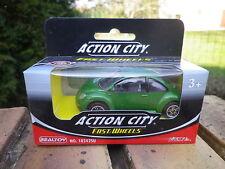 REALTOY Action City VW NEW BEETLE verte échelle1:64 neuve boite jamais ouverte.