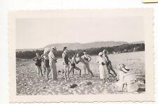 groupe sur la plage sable mer  - photo ancienne amateur an. 1937