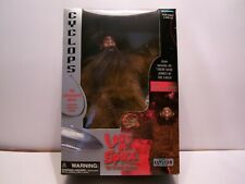 "Trendmasters Lost In Space "" Cyclops "" Otherworld Aliens Figure. New in Box."