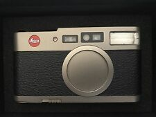 Leica CM - Point and shoot film camera - Rare, hard to find camera.
