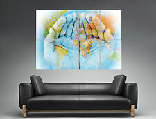 CARTE DU MONDE Map Of The World On Hands  Wall Art Poster Grand format A0