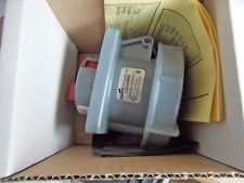 Nos Cooper Wiring Devices Cd330R6W Watertight Plug with Iec309 Pin & Sleeve