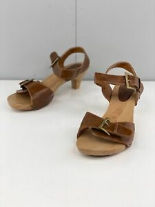 Isabella Brown Women's Adjustable Casual Wooden Heel Shoes Size 9 Brown