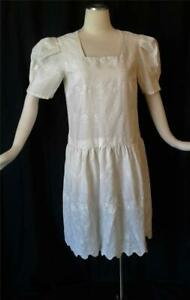 EMBROIDERED EYELET LACE Vintage 1960s COTTON Flapper Gatsby SUMMER DRESS - MED