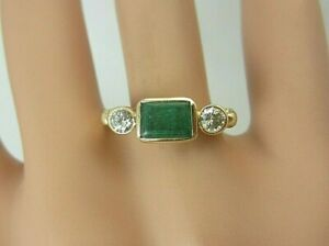 14k Yellow Gold 1.00 carat Emerald and Diamond Ring 1.28 CT TW