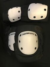 Harbinger Strap-On Knee Pad With Elbow Pads And Polyethylene Cap Medium
